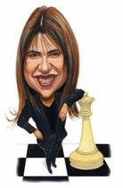 Caricatura de Zsuzsa apoyada sobre una dama de ajedrez
